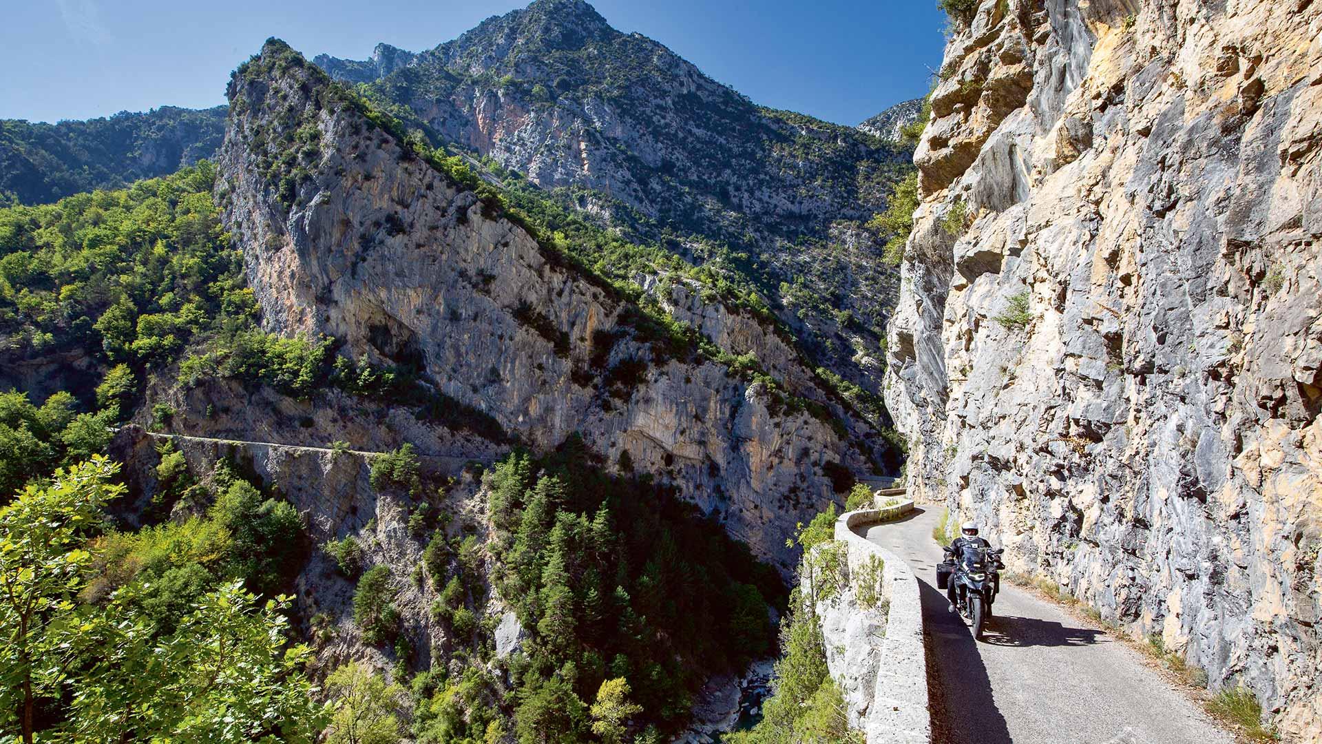Canyons-Land