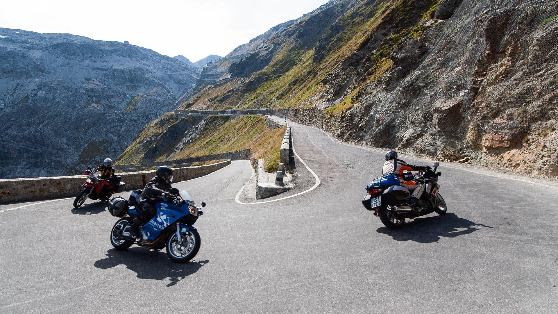 Könige der Kehren - Tour 4: San-Bernardino-Pass