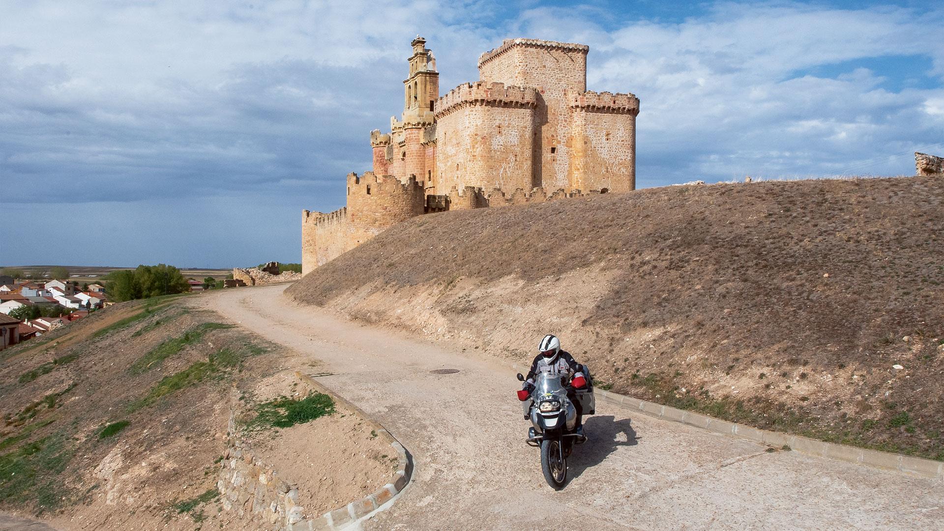 Kastilische Eroberungen - Tour 7